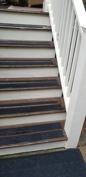 Before & After Stair Painting in Charleston, SC (2)